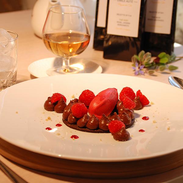 Craquant chocolat / framboises / épices, sorbet framboise